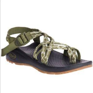 LIKE NEW Sz 8 - Chaco Z/Cloud X2 Sandals - Women's